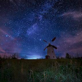 by Gigi Kent - Landscapes Starscapes