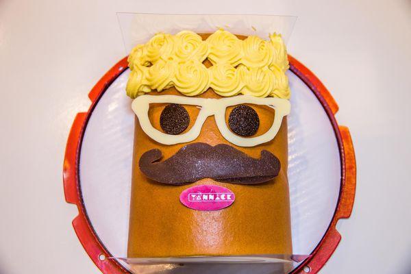 高雄下午茶-亞尼克高雄旗艦店 生乳捲、蛋糕、自助DIY體驗手作甜點❤