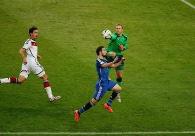"""Manuel Neuer: """" Nous sommes de retour au sommet """""""