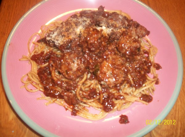 SPAGHETTI:  In large pot, lightly salt water and cook pasta according to package directions. ...