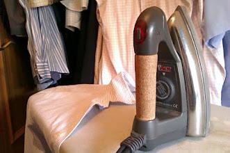 Photo: Alguien dijo q los hombres no planchan. Sería en otros tiempos :)