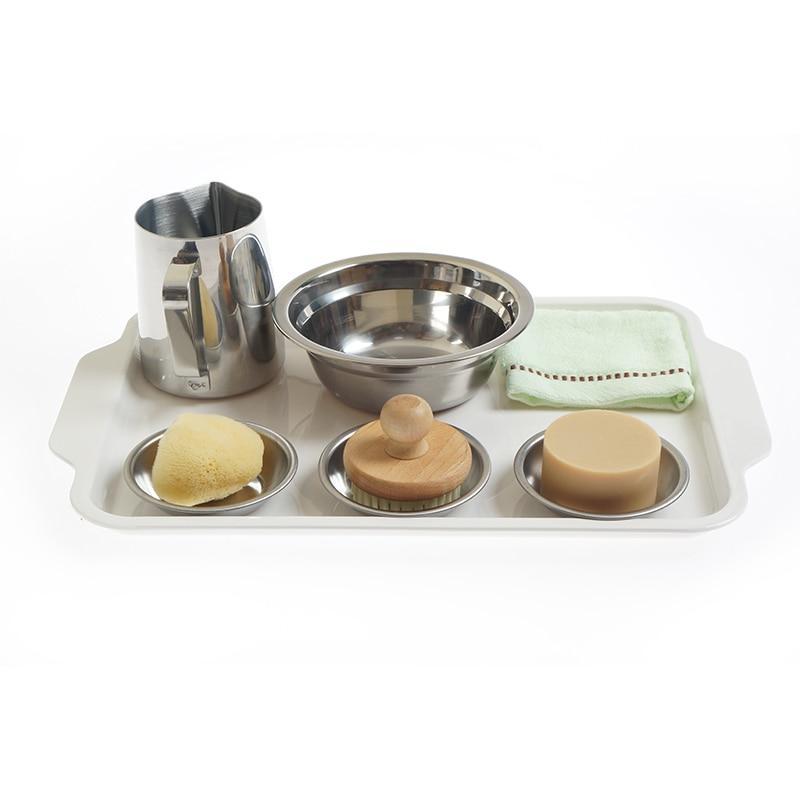activité montessori jeu d'imitation vie quotidienne pot brosse éponge savon