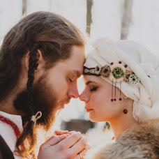 Wedding photographer Taisiya-Vesna Pankratova (Yara). Photo of 01.12.2015
