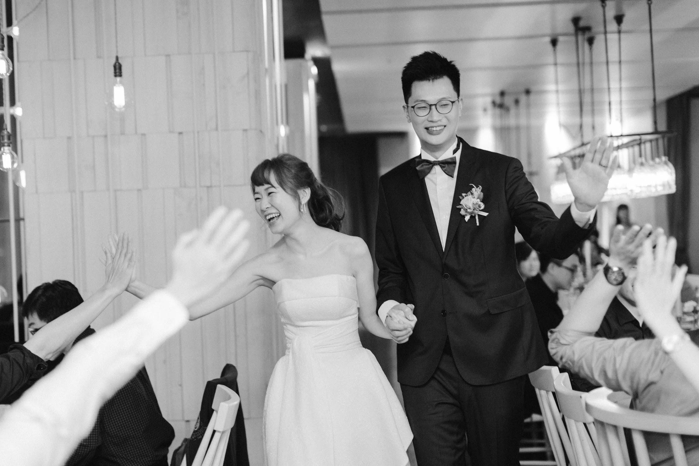 在台北的驢子餐廳舉行陽光正好的美式婚禮 , 是每位新娘夢寐以求的小型婚禮派對樣式!