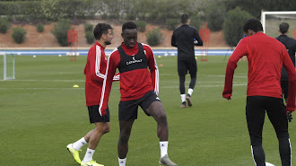 Arvin Appiah en el entrenamiento de este jueves.
