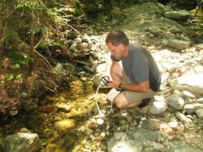Photo: Le ruisseau est à sec proche de notre camping, on doit redescendre 350m (de distance.. le dénivellé est beaucoup moindre ;) pour avoir de l'eau.