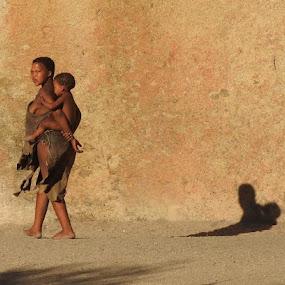 Bushmen woman and child by Rebecca Pollard - People Street & Candids