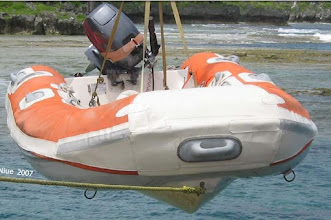 Photo: Orange & white dinghy from Sailrite instructions...