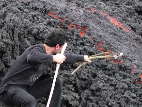 Photo: Cooking marshmallows on magma from Pacayal volcano