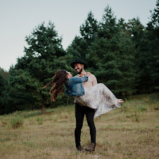 Wedding photographer Linda Solis (LindaSolis00). Photo of 28.09.2018