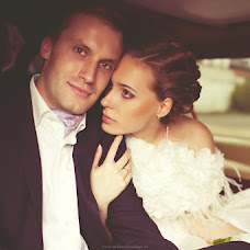 Wedding photographer Darya Sukharzhevskaya (Sukharzhevskaya). Photo of 14.12.2012