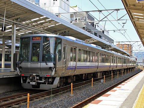 JR西日本 223系0番台(大阪→和歌山)