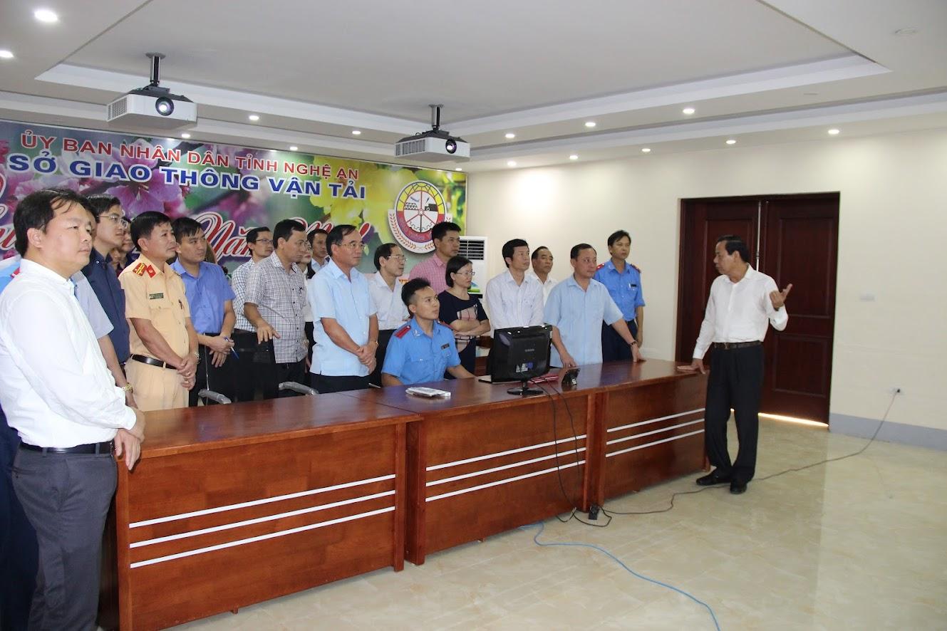 Đoàn giám sát HĐND tỉnh làm việc với Sở Giao thông Vận tải