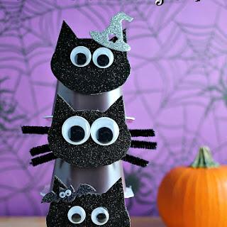 Black Cat Pudding Cups.
