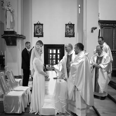 Wedding photographer Martyna Kowalewska (KonserwaPuszkin). Photo of 01.01.1970