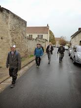 Photo: Les randonneurs sont les rois de la chaussée en ce samedi