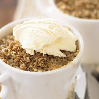 Pear and Ginger Oat Crumble.
