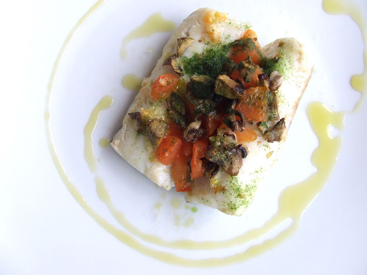 Hake Fillets with Tomatoes and Mushrooms Recipe