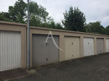 parking à Saint-Jean-de-Braye (45)