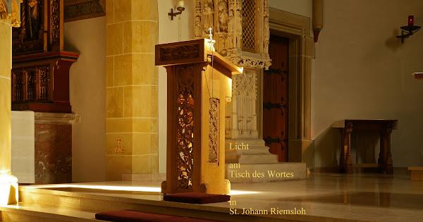Licht am Tisch des Wortes in St. Johann Riemsloh
