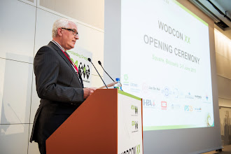 Photo: Opening Ceremony: Welcome by Eric Van den Eede, Chairman of the WODCON XX Executive Committee, CEDA Director (Waterwegen en Zeekanaal NV, Belgium)