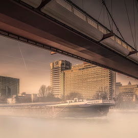 Holbeinsteg by Ole Steffensen - Buildings & Architecture Bridges & Suspended Structures ( frankfurt, barge, fog, holbeinsteg, germany, bridge, main, river,  )