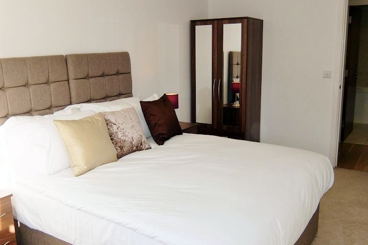 2 bedroom apartment at Ruislip Apartments