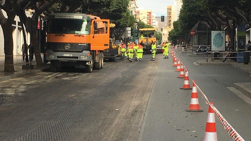 Obras en el Paseo de Almería el pasado mes de noviembre.