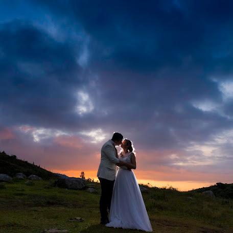 Wedding photographer Yoels Rodriguez (YOELSRODRIGUEZ). Photo of 10.12.2017
