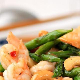 Asparagus , Shrimp And Cashew Stir-fry