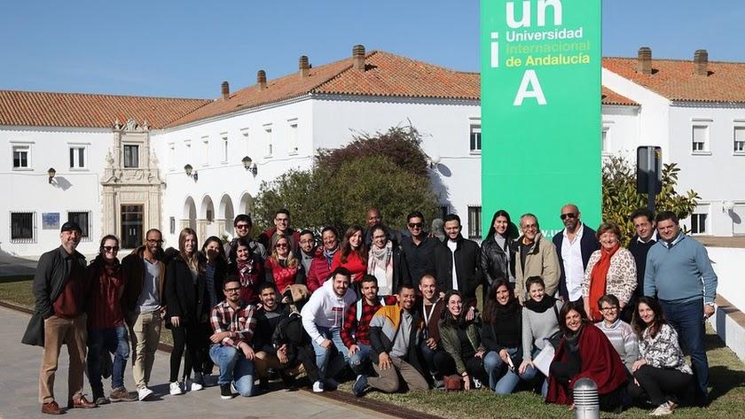 La Internacional de Andalucía destinará 315.000 euros a casi 90 becas y ayudas propias.