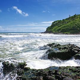 Pantai Karang Bolong by Mulawardi Sutanto - Landscapes Beaches ( mantap, pantai, beach, karang bolong, travel, central java )