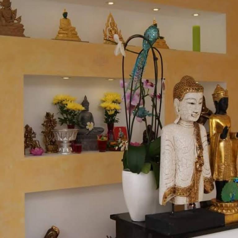 Goldener Pfau - Traditionelles Thai-Massage-Institut in