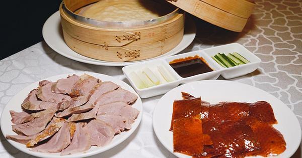 王朝大酒店-玉蘭軒,北京烤鴨一鴨三吃。小巨蛋站中式料理