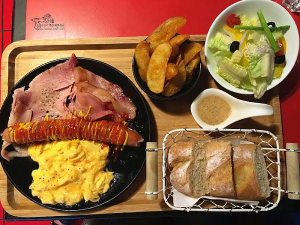 All-in飽庫・可自由搭選配料打造專屬漢堡,大份量早午餐超滿足!