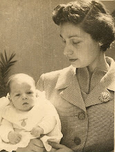 Photo: 1 meset, i amb la mama 14-3-1957