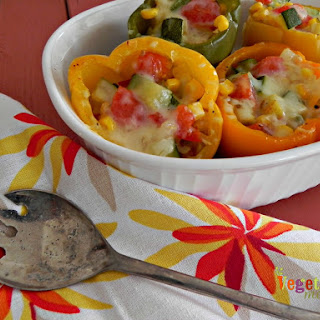 Stuffed Peppers with Zucchini and Corn – #glutenfree