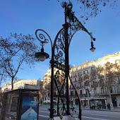 Железнодорожная станция  Passeig De Gracia
