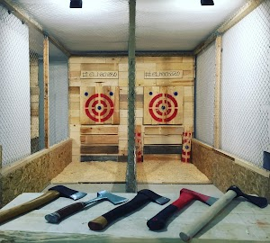 El Hachazo - Tiro de Hacha & Axe Throwing