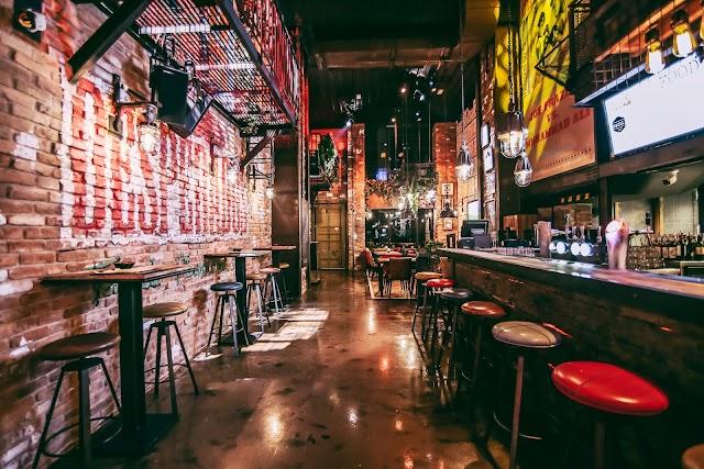 Lock-Stock & Barrel Bar