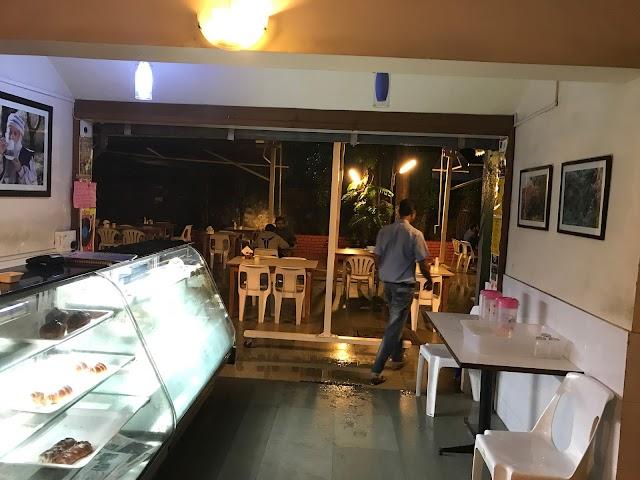 Yogi Tree Restaurant & Cafe