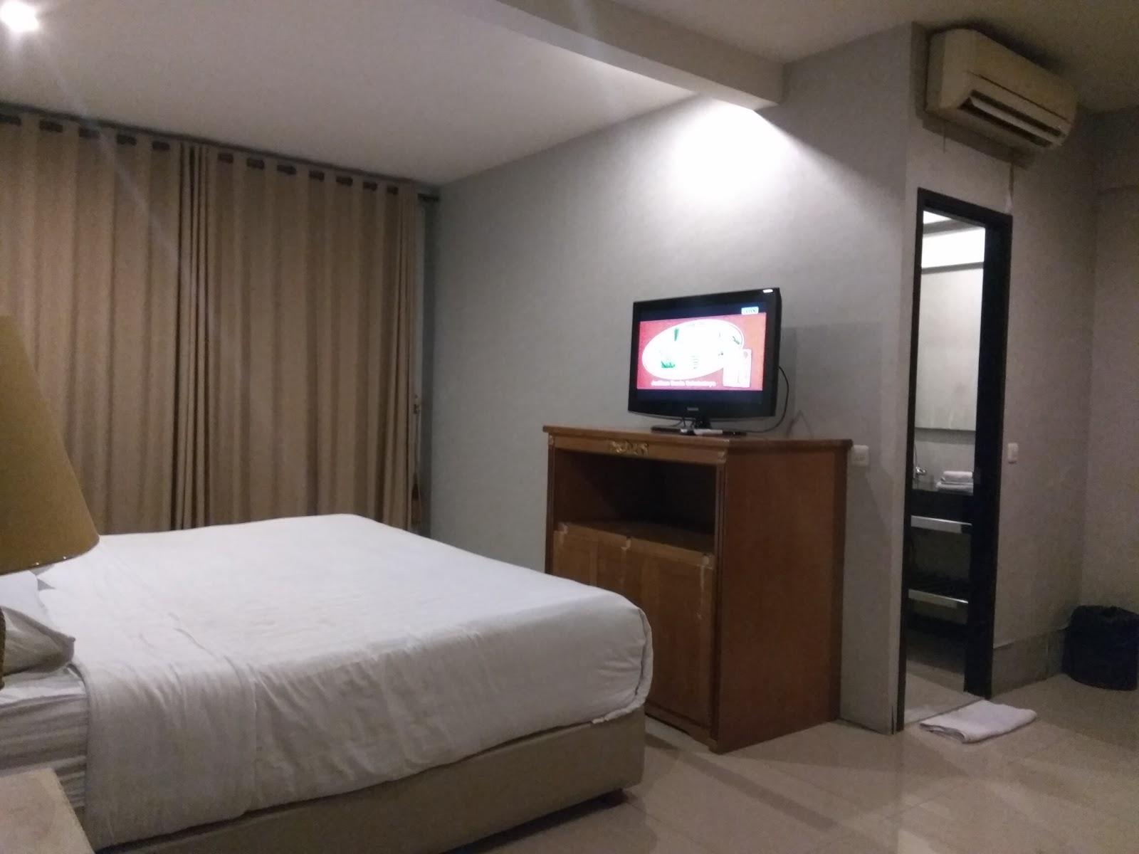 Hotel Istana Permata Ngagel Hotel Istana Permata Ngesong Around