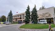 Дворец Республики, улица Свердлова, дом 25 на фото Тирасполя