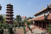 Tu Dam Pagoda, Hue, Vietnam