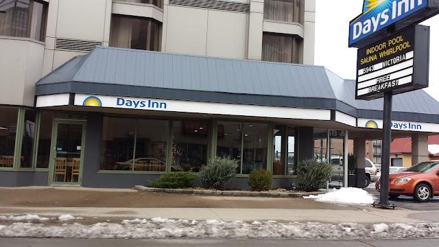 Days Inn by Wyndham Niagara Falls Centre St. By the Falls