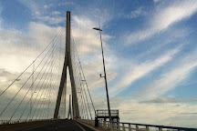 Le Pont de Normandie, Honfleur, France