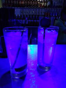 The New York Lounge 8