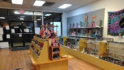Smoke'N Mirrors Vape Shop