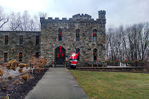 Winnekenni Castle, Haverhill, United States