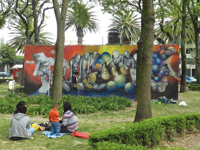Arte Mural La vida en gris. Artista Johana Plascencia (Joss Mure E ) Hidroarte 2014